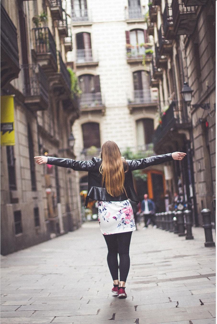 Barcelona-matkustaminen-tytto