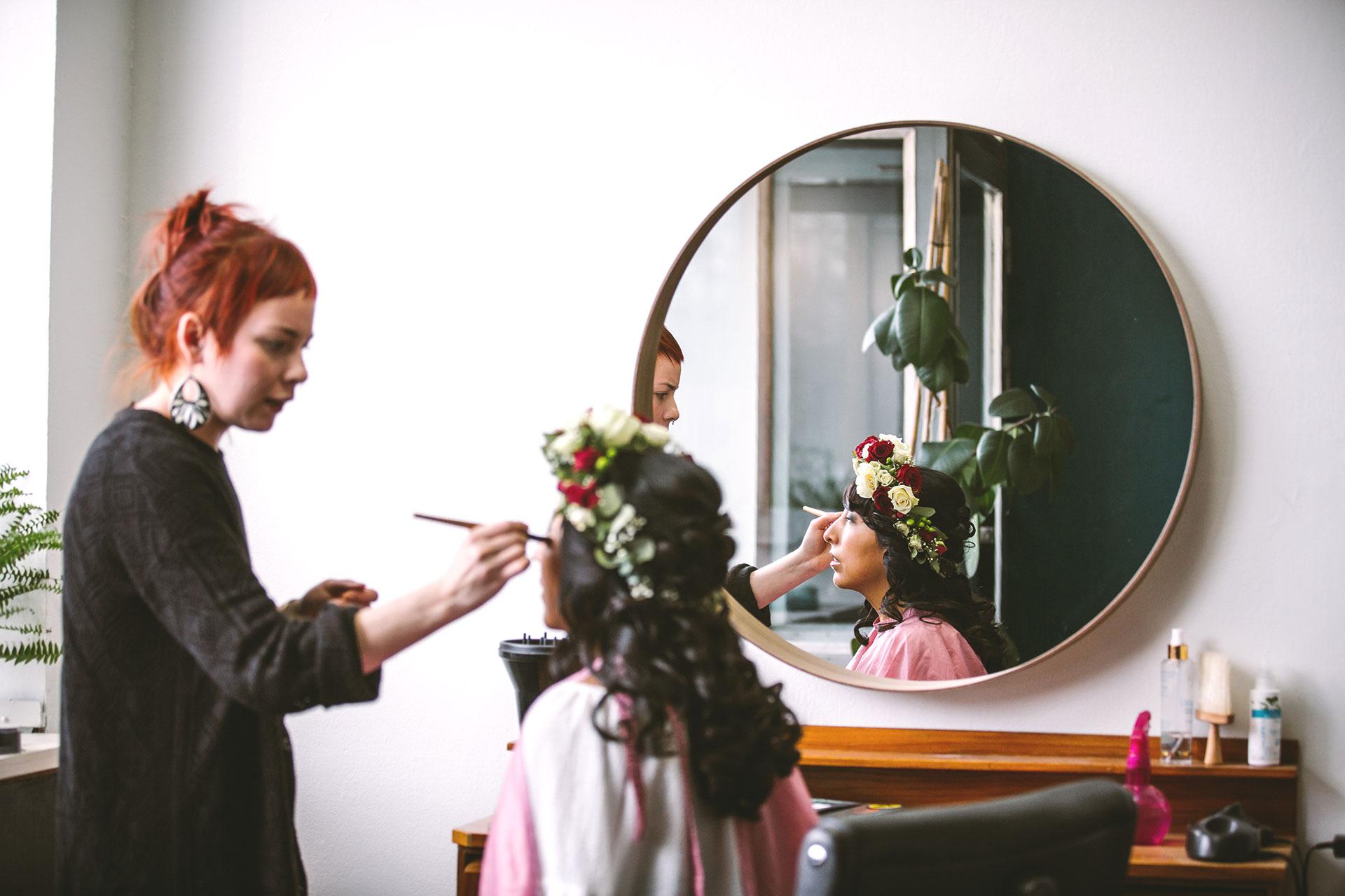 morsian-meikki-laittautuminen